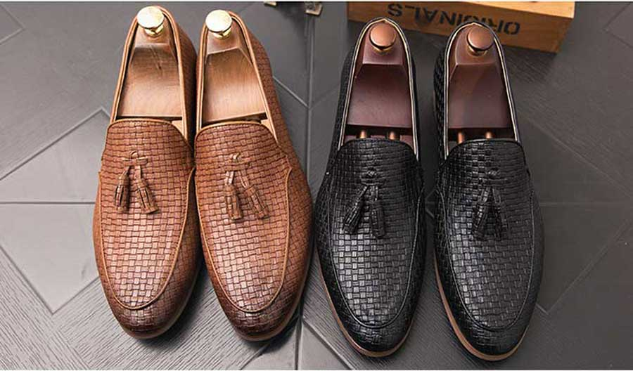 Men's Black check leather slip on dress shoes with tassel