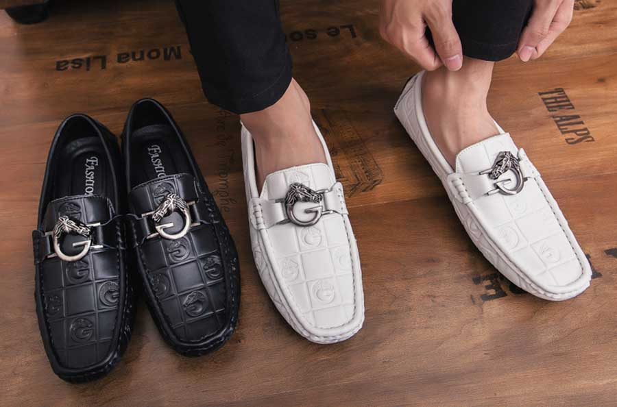 Men's metal buckle check leather slip on shoe loafers
