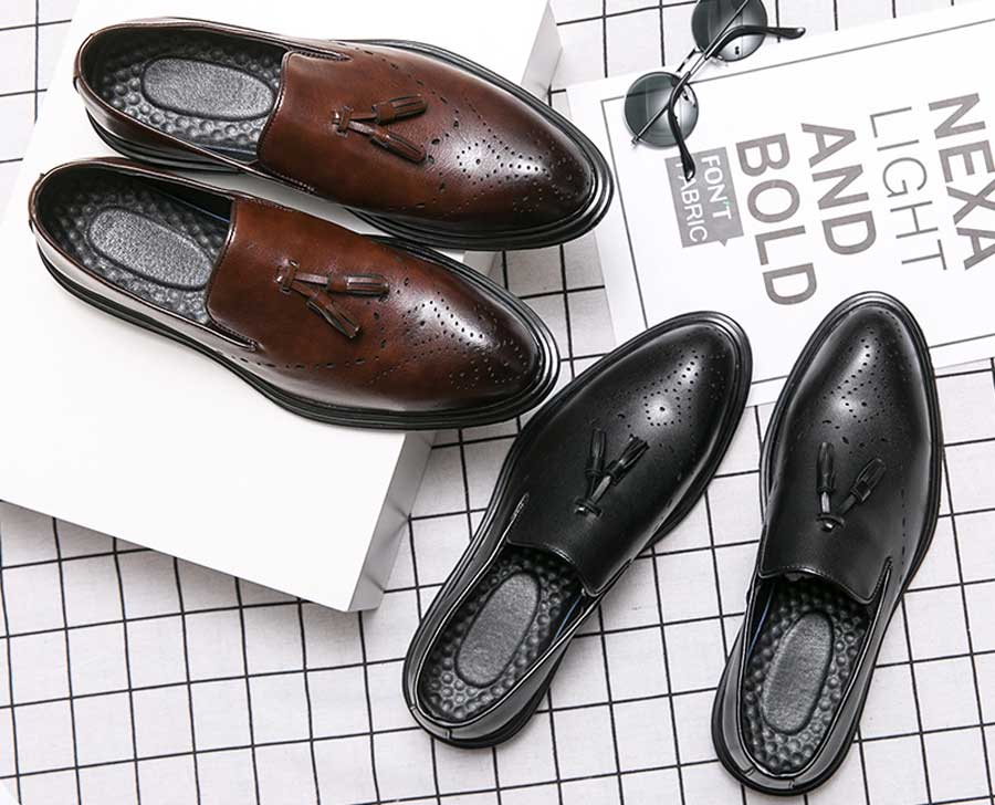 Men's brogue slip on dress shoes tassel on top