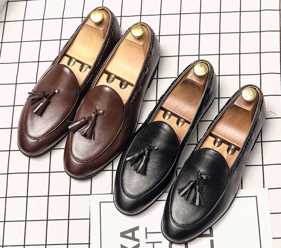 Men's twist detail slip on dress shoes with tassel
