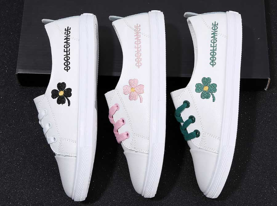 Women's floral pattern print lace up shoe sneakers